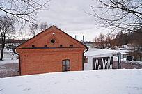 雪景郊外房屋