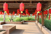 廊亭红灯笼