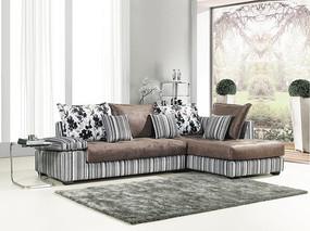 竖纹沙发摄影情景图