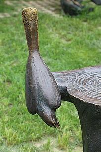 铜雕喜鹊鸟