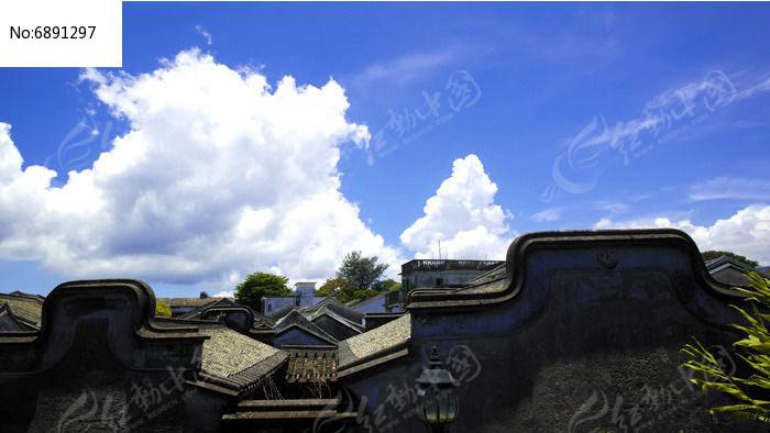 小镇屋顶图片
