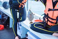 海上钓鱼获得战利品