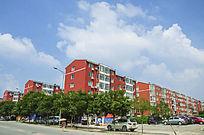 鞍山太平多层居民楼群与蓝天白云