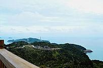 鹿西岛山顶岛屿摄影图