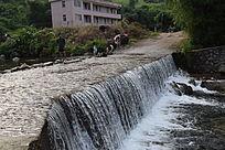 小溪瀑布摄影