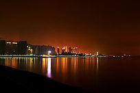城市海边风光夜景图