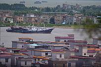 俯拍两岸江景图片