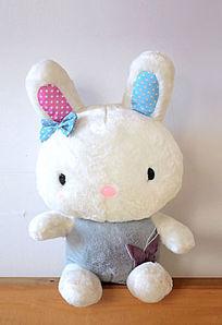 小兔布娃娃毛公仔图片