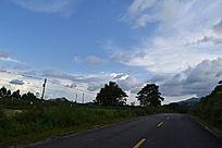 小镇的道路摄影