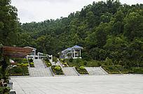 笔架山森林公园广场与山峰