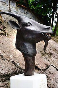 羊生肖铜雕