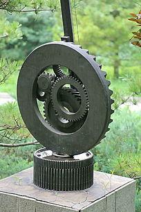 钢铁造型齿轮