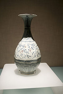 景德镇窑青花釉里红花卉纹八棱形玉壶春瓶