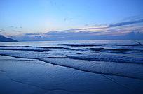 层层叠叠的海浪美景图片