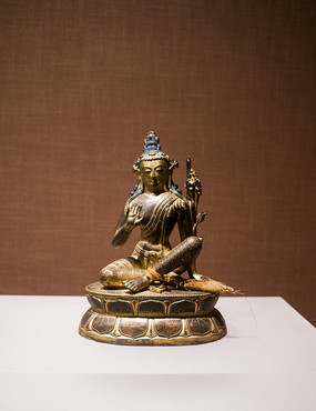 吐蕃时期铜?#24179;?#34394;空藏菩萨像