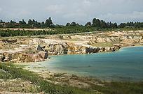 露天矿生态园区湖泊一角风光