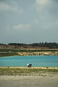 露天矿生态园区与游人