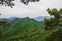 唐代古城看千山山峰山脉与满云