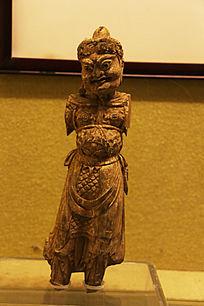 唐代木雕武士像
