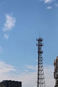 城市中的信号塔
