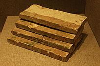 南汉垒脊砖