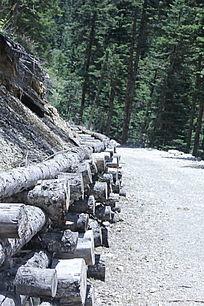 山林深处的山路