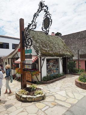 特色景观小屋售卖店