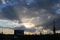 一束光与云彩