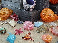 五彩斑斓的贝壳制品
