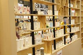 瓷器展柜展