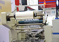 胶带机器展