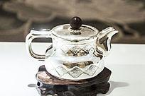棱形图案银茶壶