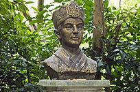 蔡伦半身人物雕像