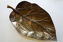 俄罗斯黄铜树叶盘
