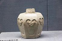 清朝石湾窑月白釉茶叶罐