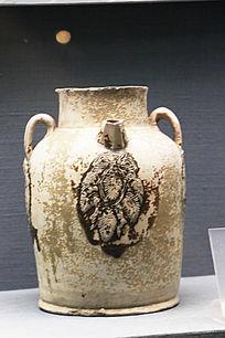 唐朝长沙窑釉下褐彩葡萄纹三耳棱口壶