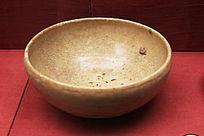 唐朝青釉瓷钵