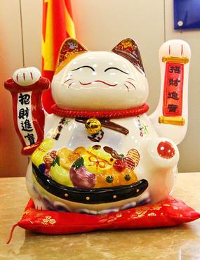 陶瓷招财猫摆件