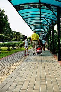 公交汽车站阴栅
