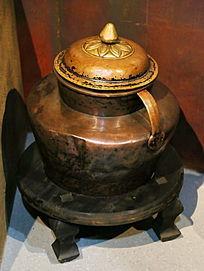西藏民居用品铜茶壶