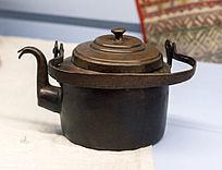 俄罗斯族使用的茶壶