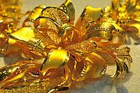 黄金雕刻花卉
