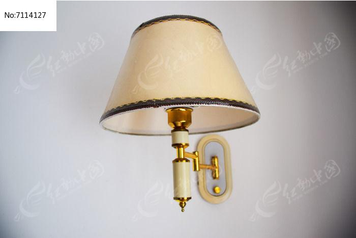 米白色壁灯图片