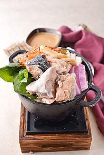 三文鱼头泡菜火锅