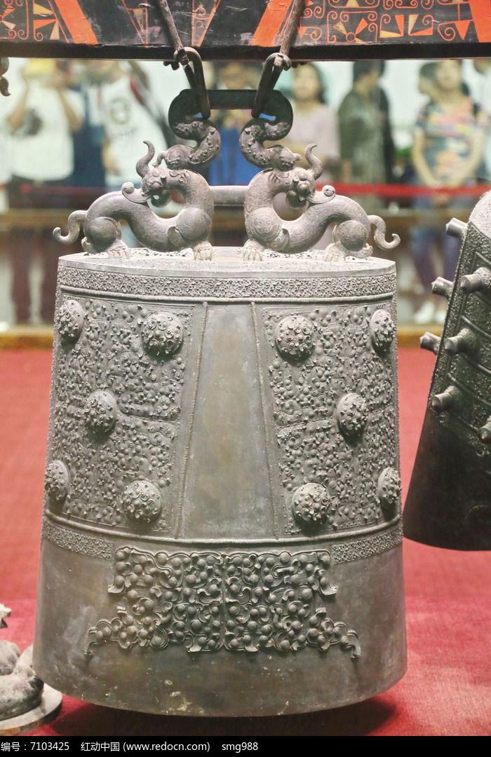 战国时期曾侯乙青铜编钟