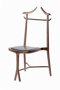 鹿角式椅子侧视图
