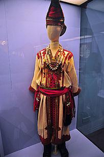 马耳朵袜人女性服饰