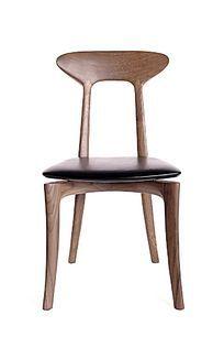 实木椅子正视图