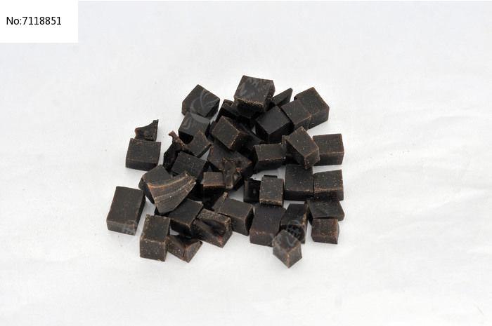 中草药阿胶丁图片