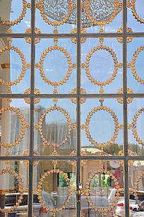 雕花玻璃门窗